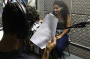 Jovens experimentam a produção sonora