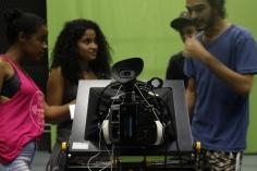 Jovens conhecem a produção audiovisual e o estúdio